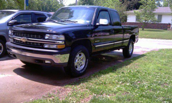 rear bumper and exhaust-truck.jpg