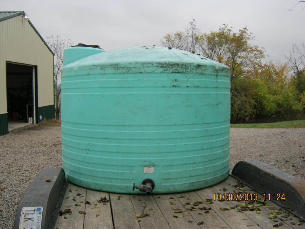 click image for larger version name water tank 001 jpg views size